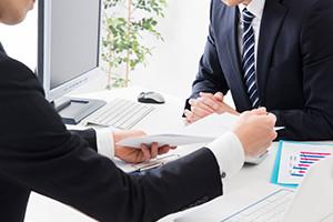税務調査への立ち合いはもちろんのこと、税務調査が来ないように税務署からの信頼を確保します。